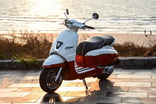 Scooter là những mẫu xe tay ga phổ biến hiện nay, ngày càng có thiết kế đa dạng